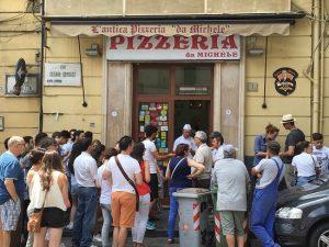 Exterior de l'antica pizzeria da Michele