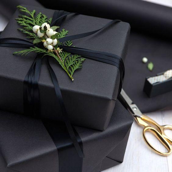 caja negra de regalo